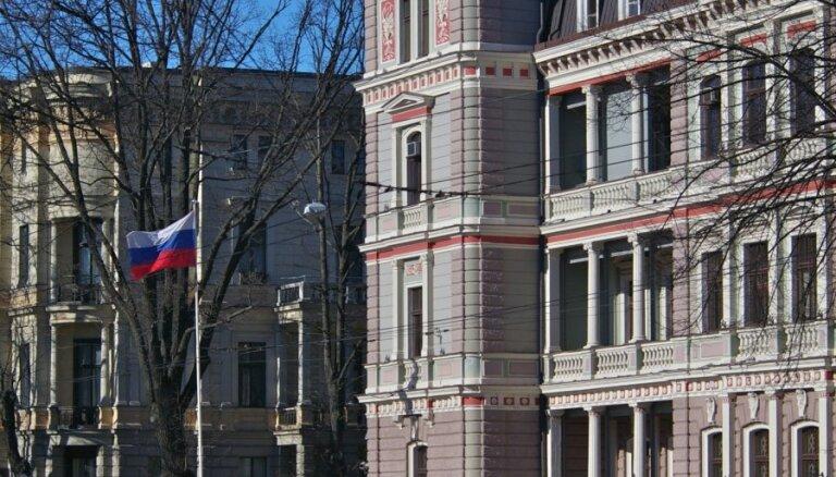 Krievijas izlūkdienests darbam ir piesaistījis vēstniecībā Rīgā strādājošu diplomātu