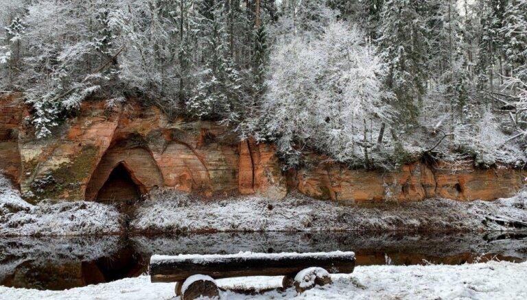 Foto: Ziemas pasaka Skaņākalna dabas takā