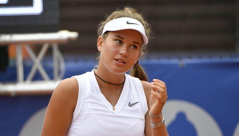 Bartone izcīna savu pirmo ITF titulu