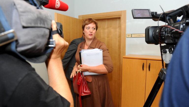 Koļegova lūdz tiesu notiesājoša sprieduma gadījumā nepiemērot naudas sodu