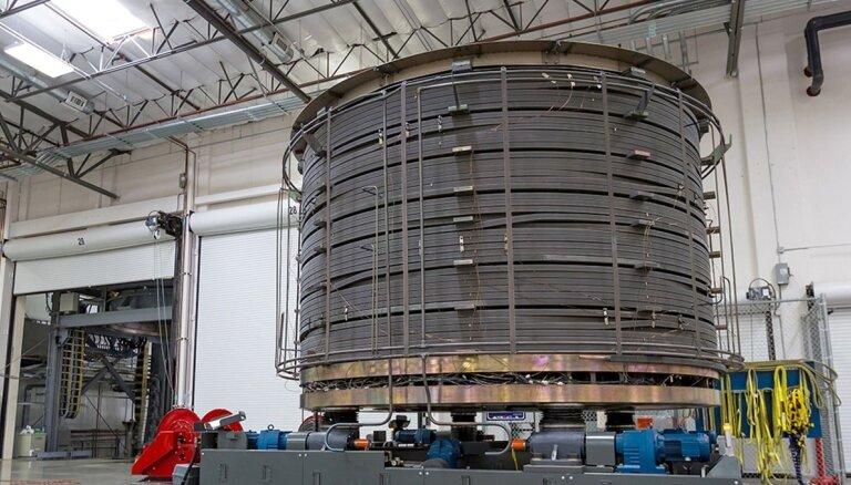 Pasaulē spēcīgākais magnēts sāk ceļu uz savu mājvietu kodolsintēzes reaktorā Francijā