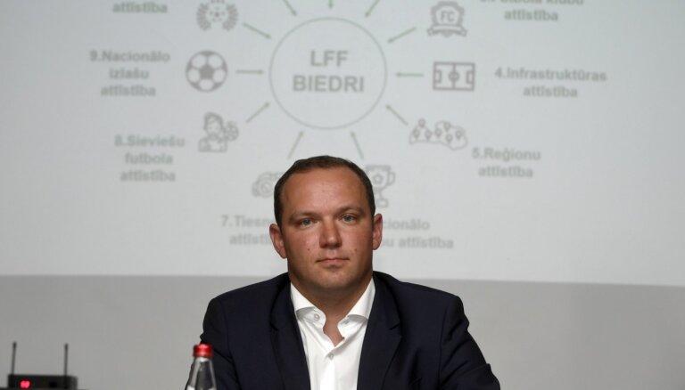 LFF izskata iespēju finansēt futbola laukuma segumu Ikšķilē