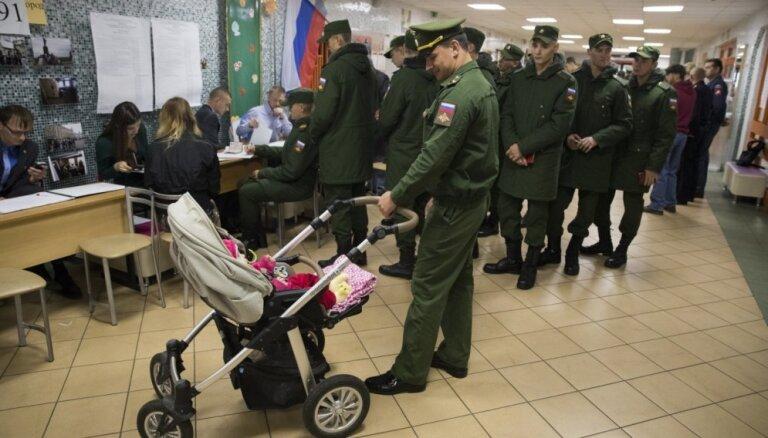 Foto: No Krimas līdz Maskavas centram – vēlē Krievijas valsts domi