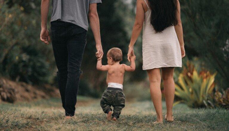 Partneris negrib otru bērnu: kā rīkoties?