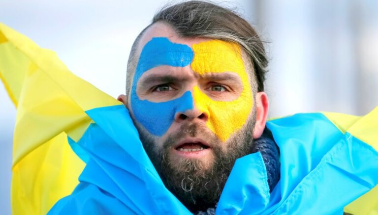 На выборы президента Украины пришла почти половина избирателей