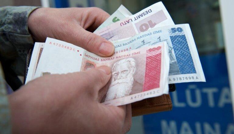 Latvijas Bankā pērn apmainītas latu naudaszīmes gandrīz 1,7 miljonu latu vērtībā
