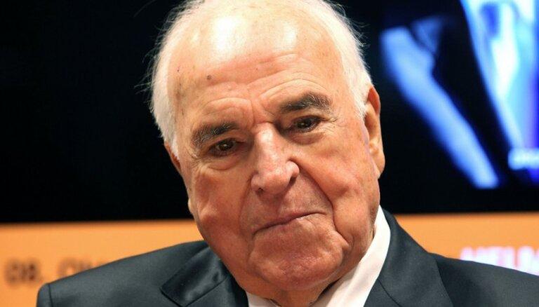 Miris bijušais Vācijas kanclers Helmūts Kols