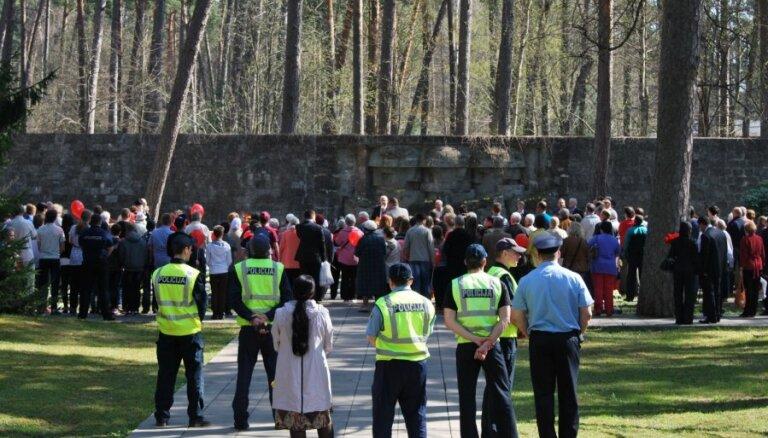 В понедельник высшие чины Латвии почтят память жертв Второй мировой