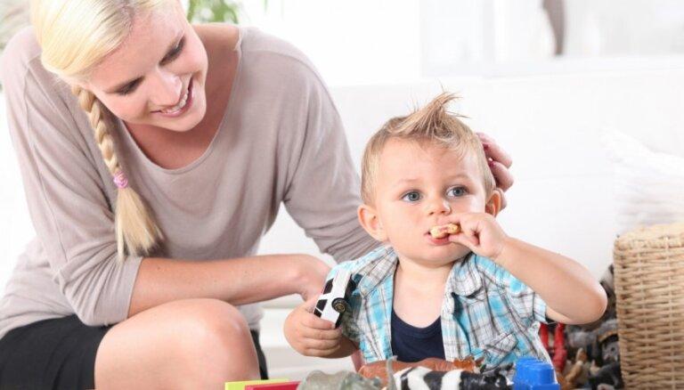Опрос: работодатели при приеме на работу женщин интересуются наличием детей