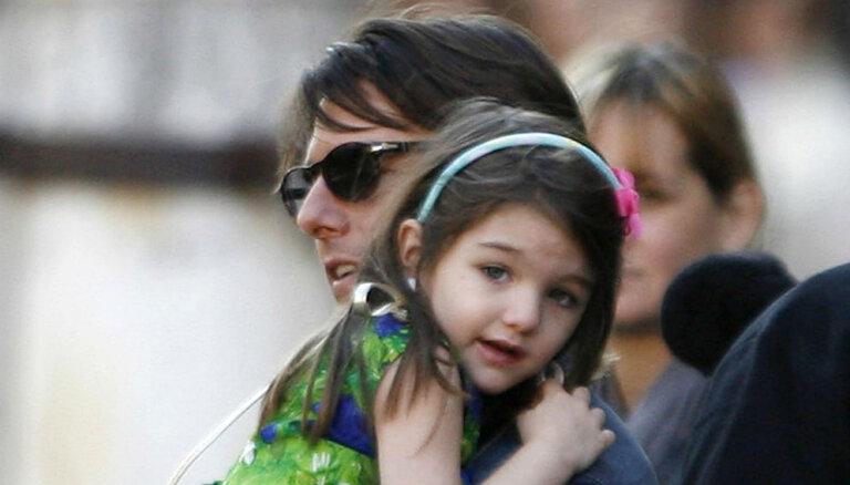 Toms Krūzs meitiņu nav saticis vairāk nekā divus gadus