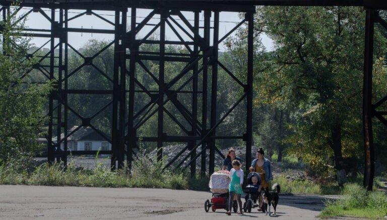 'Laiks atkāpties.' Karš izraisījis ekoloģiskās degradācijas ķēdes reakciju; Donbass var pārvērsties tuksnesī