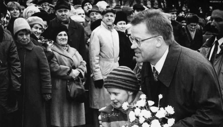 ФОТО: Экс-президенту Латвии Гунтису Улманису исполнилось 80 лет