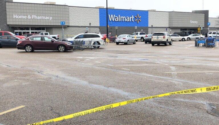 Apšaudē 'Walmart' ASV ievainoti divi policisti