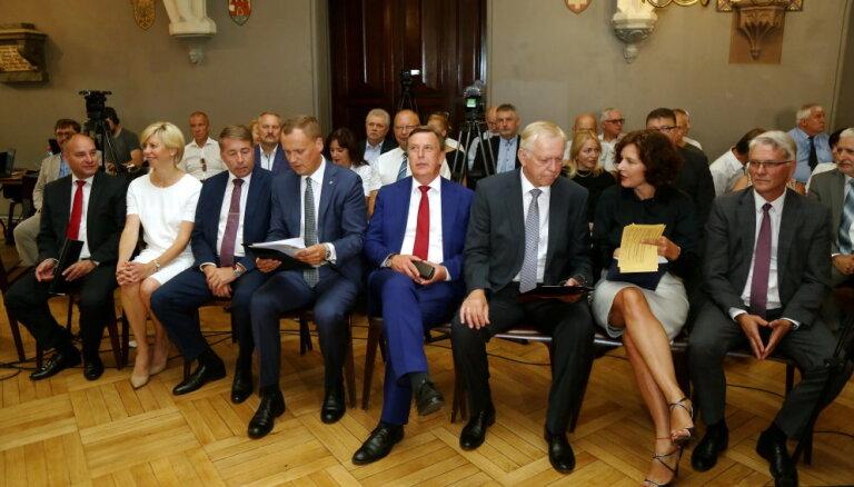 """СЗК обогнал """"Согласие"""" по предвыборным расходам"""