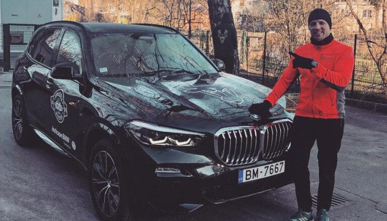 Mairis Briedis no 6. sērijas BMW pārsēdies jaunajā 'X5' apvidniekā
