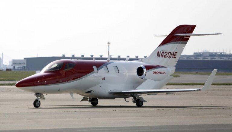 """ВИДЕО: """"Хонда"""" представила собственный самолет бизнес-класса"""