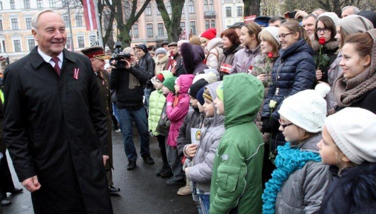 Latvijai vajadzīgi drosmīgi, godprātīgi un strādāt griboši cilvēki, uzsver prezidents
