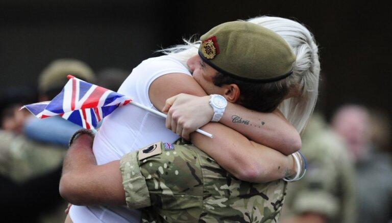 Британия может направить в Латвию около 30 своих военнослужащих