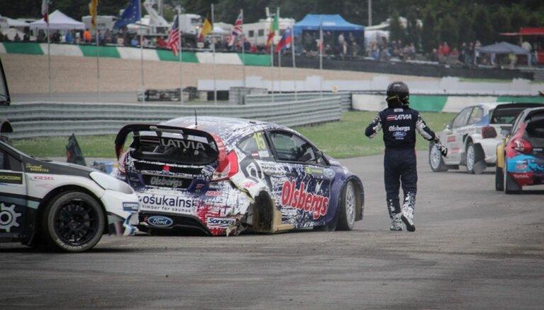 Nitišam Beļģijā avārija; Baumanis līderis pēc pirmās dienas 'Super 1600' klasē