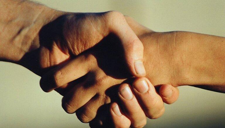 """Латгальская партия и """"Новое Единство"""" подписали договор о совместном участии в выборах Сейма"""