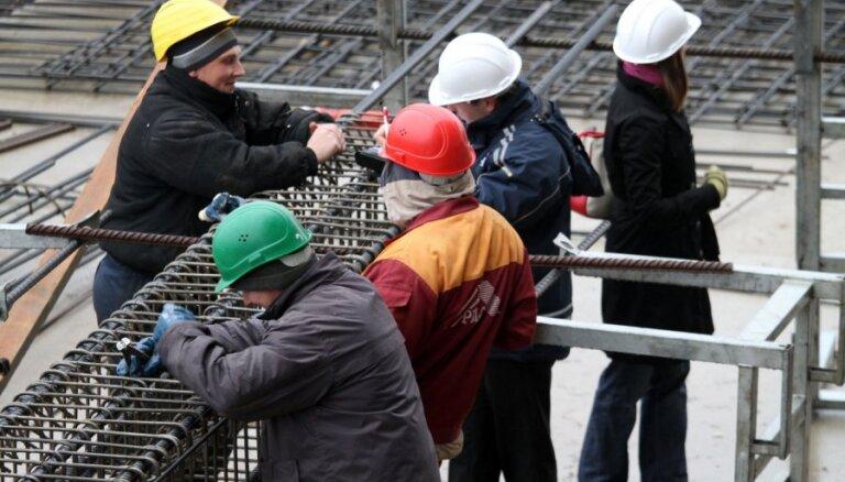'Rēzeknes namsaimnieks': Būvkompānijas nepamatoti palielina piedāvāto darbu cenas