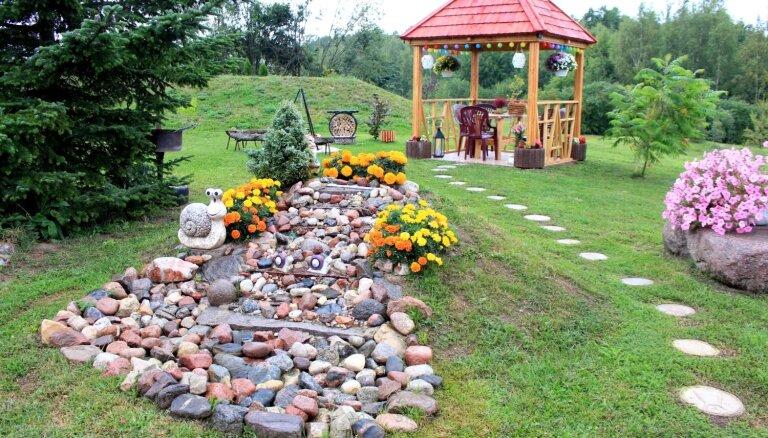 Foto: Sakoptākās sētas un krāšņākie dārzi Engures novadā