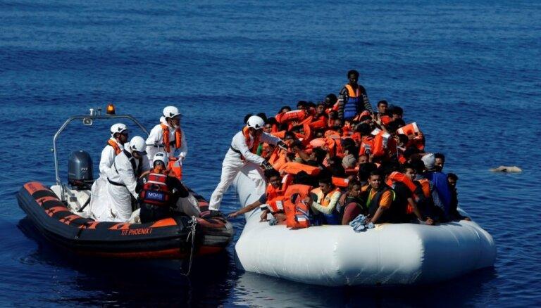 No Vidusjūras izglābti vairāk nekā 2000 migrantu