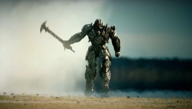 'Zelta avenes' nominācijās par gada sliktāko kino vadībā izvirzās 'Transformeri'
