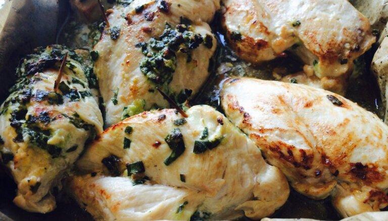 Куриное филе, фаршированное шпинатом и фетой