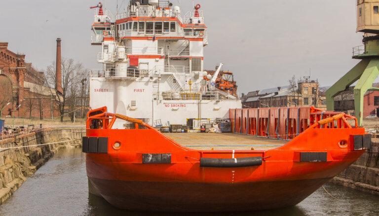 Находящееся под санкциями США российское судно останется в порту Лиепаи на законных основаниях