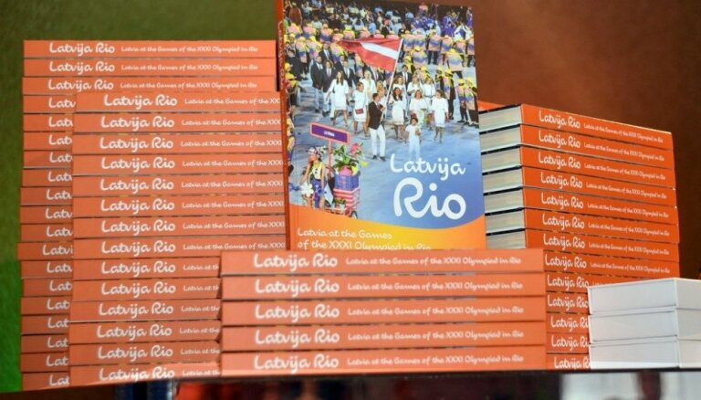 Foto: Ar tradicionālās olimpiskās grāmatas izdošanu LOK pieliek simbolisku punktu Rio olimpiādei