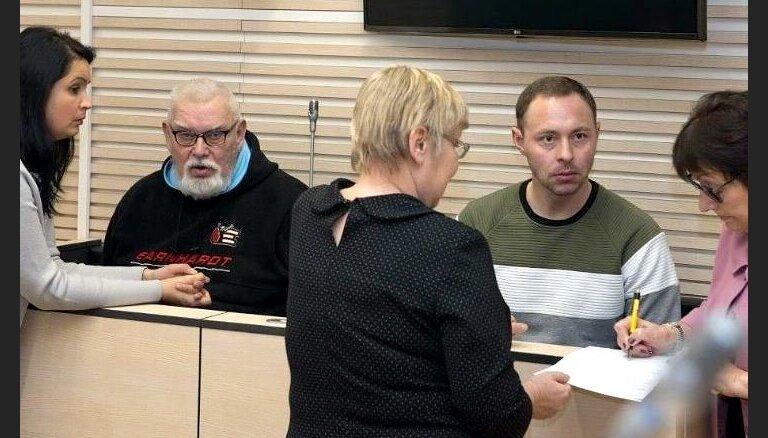 Majoram un viņa tēvam Igaunijā piespriež cietumsodus par spiegošanu Krievijas labā