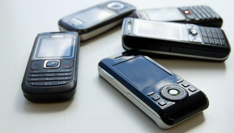 Sāk izsīkt pieejamo mobilo telefonu numuri, vēsta regulators