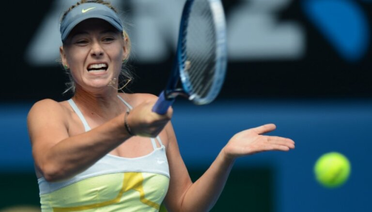 Šarapovai graujoša uzvara 'Australian Open' pirmajā kārtā