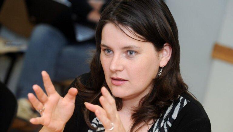 Noraida deputātes Bites lūgumu ļaut filmēt Saeimas Juridiskās komisijas sēdi