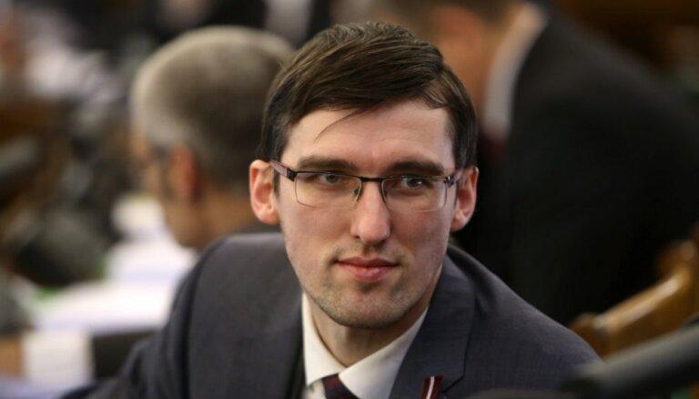 Saeimā dibināta deputātu grupa Krievijas pilsoniskās sabiedrības atbalstam