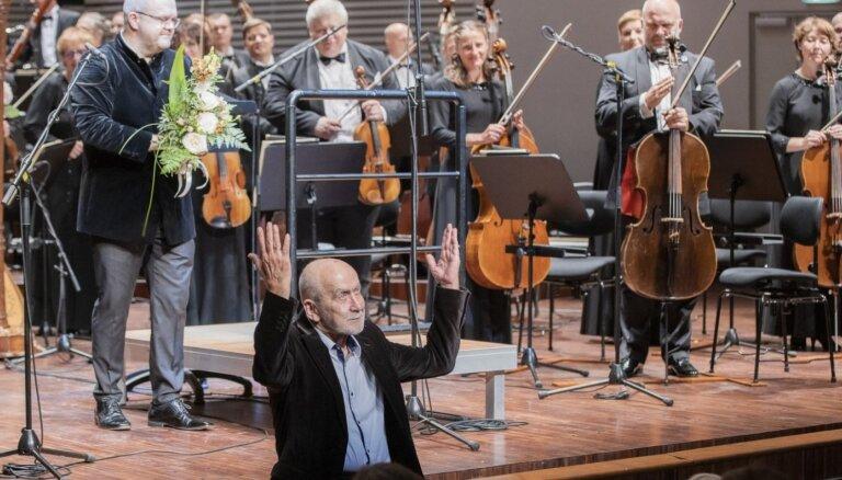 Foto: Ar Imanta Kalniņa Sesto simfoniju izskan festivāls 'Liepājas vasara'