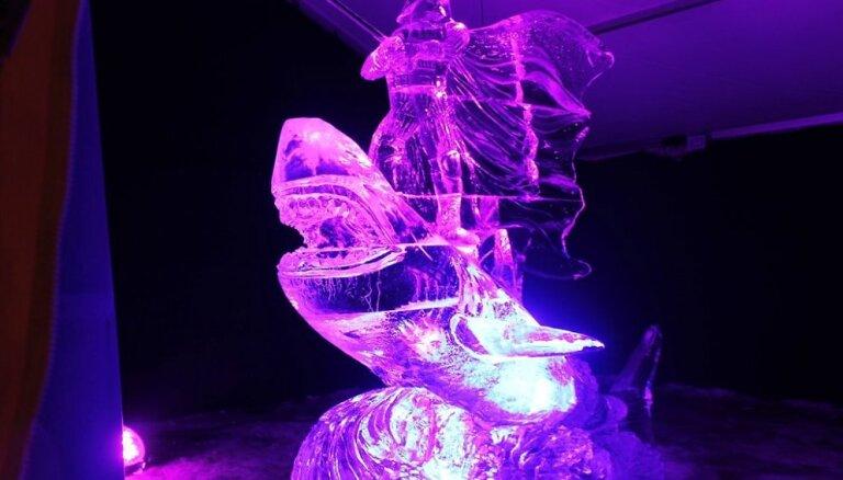 ФОТО: Ледовый кинофестиваль в Елгаве глазами читателя