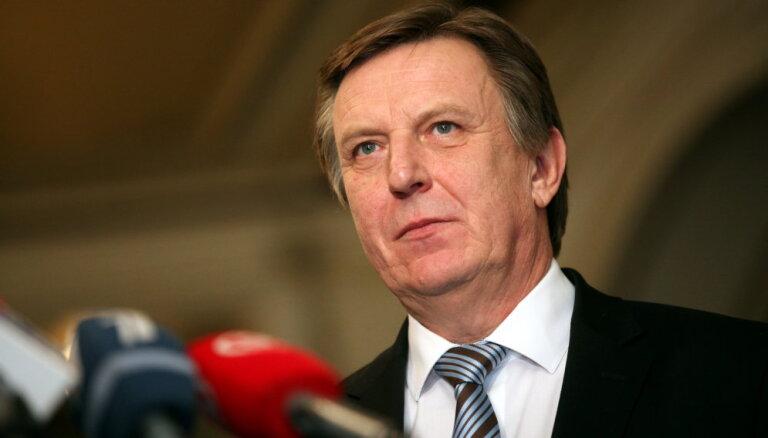 Partiju pārstāvji paraksta Kučinska valdības deklarāciju un koalīcijas sadarbības līgumu