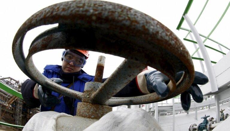 """Как грязная нефть из России ударила по Европе: нефтепроводу """"Дружба"""" грозит простой"""