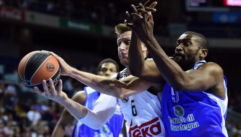 Itālijas komanda Sasāri 'Dinamo Banco di Sardegna' kļūst par FIBA Eiropas kausa čempioni