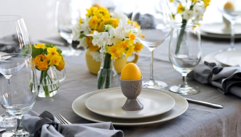 Raibs kā krāsotas olas: trīs idejas Lieldienu galda noformējumam