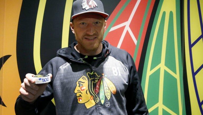 ВИДЕО: Хосса забил 500-й гол в НХЛ и первые шайбы в сезоне Радулова и Овечкина
