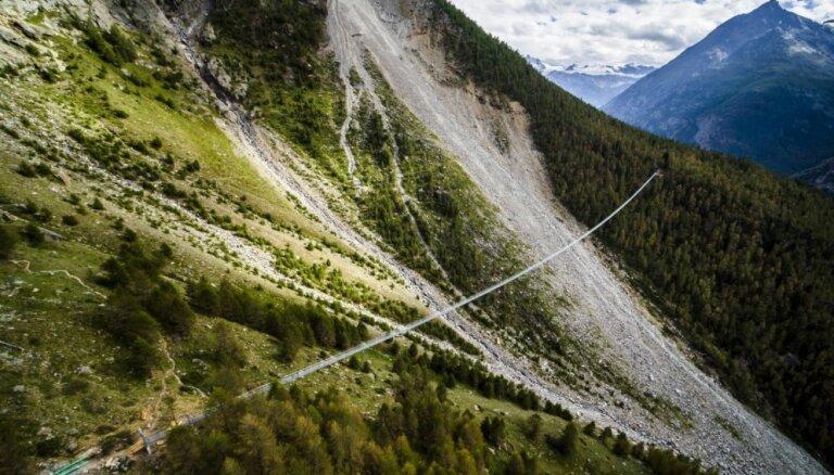 Interesanti trošu tilti, kas pie sirds ies tikai bezbailīgajiem