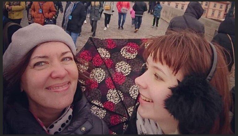Tā ir diagnoze, nevis spriedums! 16 gadus vecās Sofijas cīņa ar vēzi, sapņi un nākotnes plāni