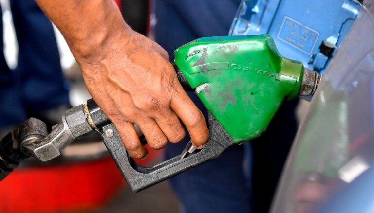 Проверки в исполнительных дирекциях Риги выявили присвоение топлива