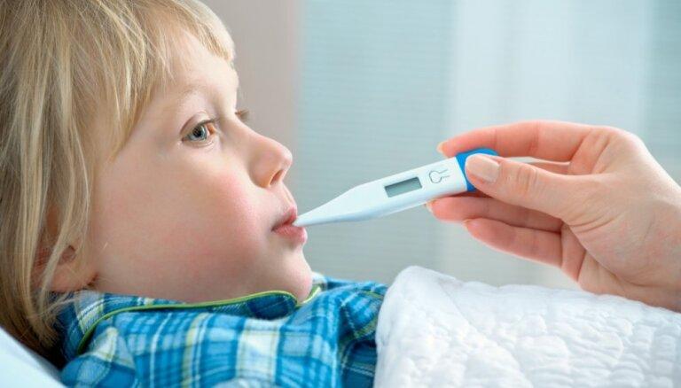 Septiņi mīti par bērnu veselību no vecmāmiņu pūra lādes, kurus jau sen vajadzētu aizmirst