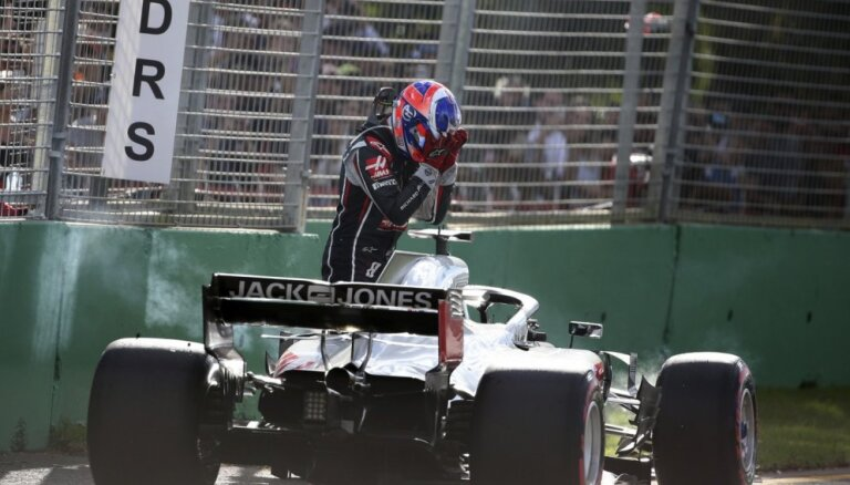 Austrālijas 'Grand Prix' nogrēkojušies 'Haas' F-1 komandas mehāniķi netiks sodīti
