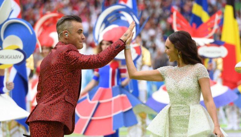 Пресса Британии: открытие ЧМ-2018 в Москве и средний палец Робби Уильямса