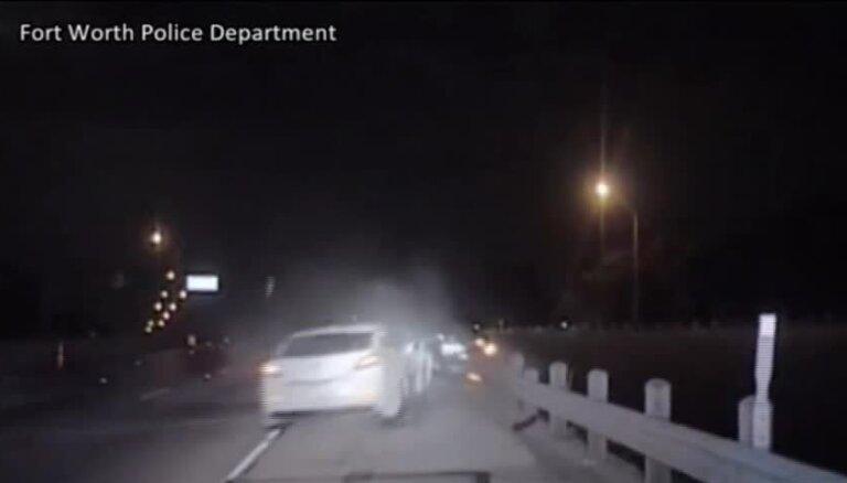 ASV dzērājšoferis notriec policistu